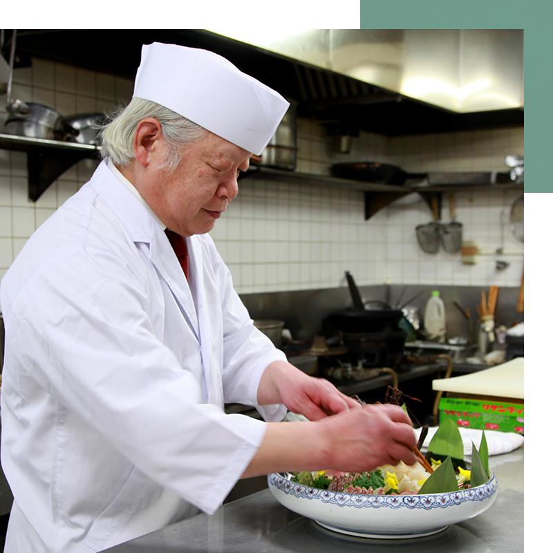 各部屋は、高級感に加えて機能性もある間取りとなっており、様々な海席料理を楽しめます。